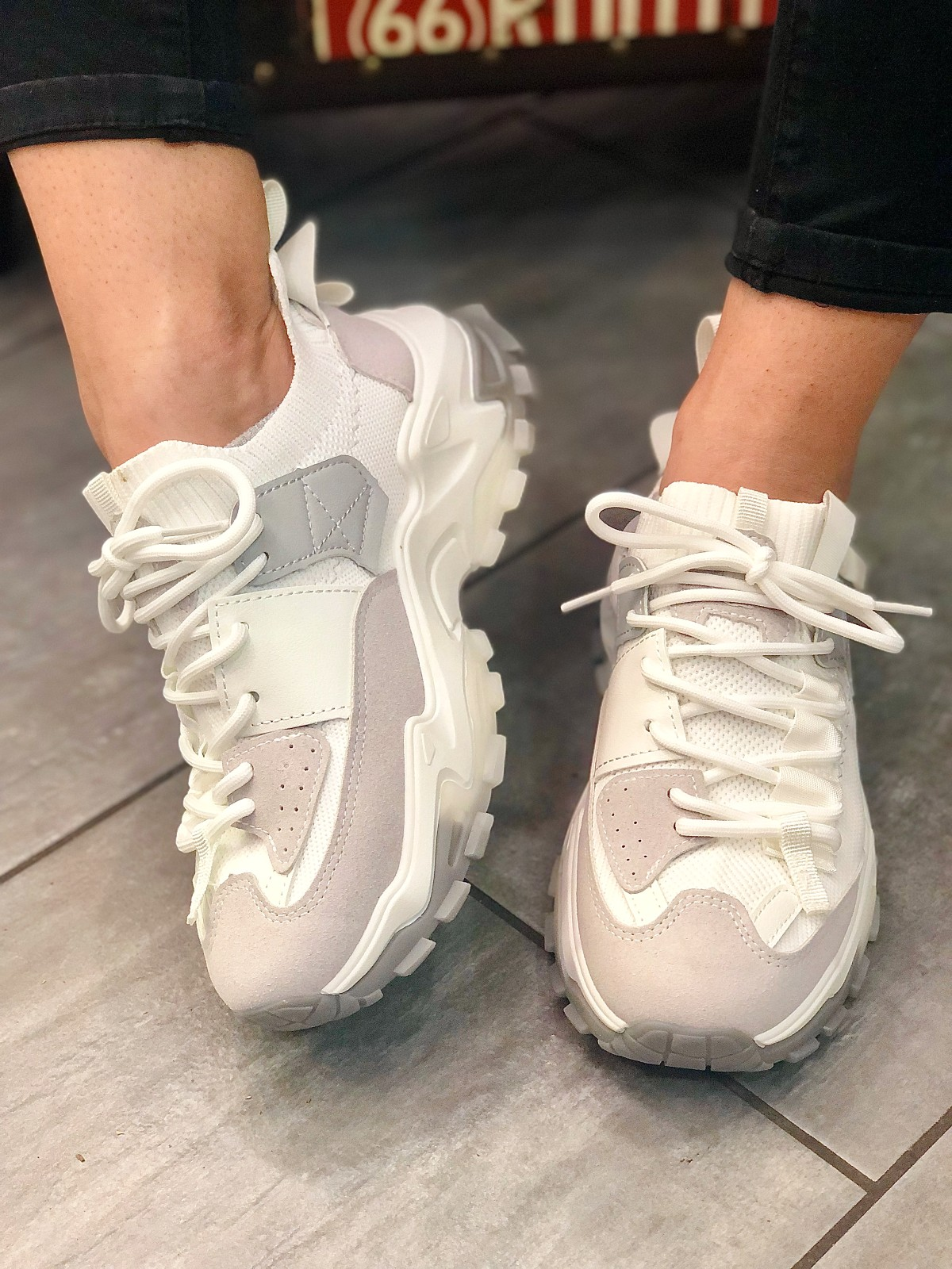 Sneaker υφασμάτινο λευκό-γκρι (9307)